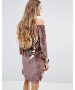 Young Bohemians | Бархатное Платье С Открытыми Плечами И Цветочной Вышивкой