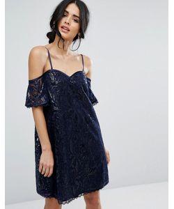 Chi Chi London | Кружевное Цельнокройное Платье С Открытыми Плечами