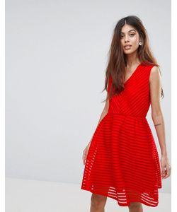 Yumi | Короткое Приталенное Платье С Vобразным Вырезом