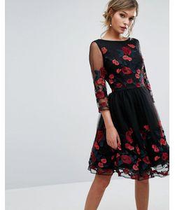 Chi Chi London | Платье Для Выпускного С Длинными Рукавами И Цветочной Вышивкой Chi Chi