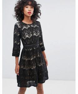 Liquorish | Короткое Приталенное Платье С Кружевом