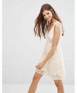 Lavand.   Короткое Приталенное Платье Из Кружева Lavand