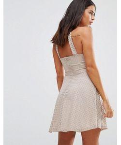 Wal G | Короткое Приталенное Платье С Халтером