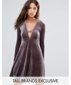 Glamorous Tall   Бархатное Приталенное Платье С Глубоким Вырезом