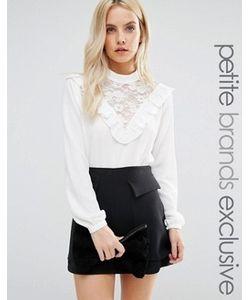 Fashion Union Petite   Блузка С Кружевной Нагрудной Вставкой