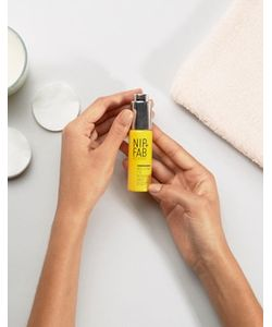 Nip+Fab | Масло С Пчелиным Ядом И Объемным Эффектом Nip Fab Bee