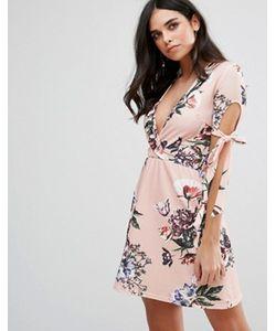 Oh My Love | Чайное Платье С Глубоким Вырезом И Цветочным Принтом