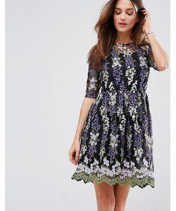 Club L | Короткое Приталенное Платье С Цветочной Вышивкой