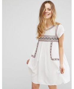 Brave Soul   Платье С Короткими Рукавами И Вышивкой