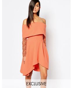 8th Sign | Короткое Приталенное Платье С Открытыми Плечами И Кружевными Рукавами