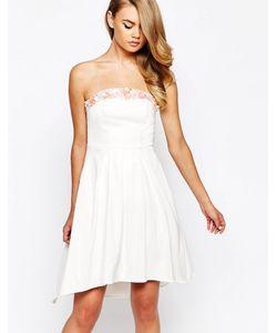 True Violet | Асимметричное Атласное Платье Бандо С 3d Отделкой Кремовый