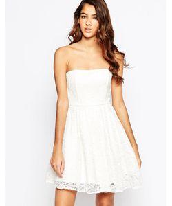 Laced In Love | Кружевное Платье Бандо