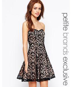 Lipstick Boutique Petite | Платье-Бандо Для Выпускного С Кружевом