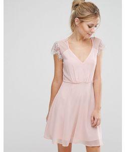 Elise Ryan | Короткое Приталенное Кружевное Платье Nude Pink