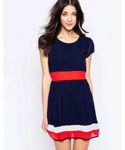 Wal G | Короткое Приталенное Платье С Контрастными Полосками