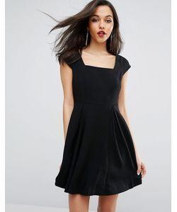 BCBGMAXAZRIA | Короткое Приталенное Платье С Короткими Рукавами И Прямоугольным Вырезом Bcbg