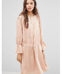 Gestuz | Атласное Платье С Оборками На Плечах