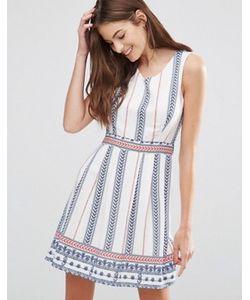 Yumi | Короткое Приталенное Платье В Вертикальную Полоску