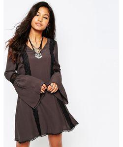 Japonica | Короткое Приталенное Платье С Кружевной Отделкой Серый