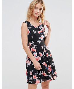 Style London | Короткое Приталенное Платье С Цветочным Принтом Черный