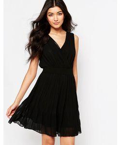 Mela Loves London | Короткое Приталенное Платье С Запахом Спереди Черный
