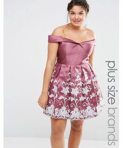 Chi Chi Plus   Платье Для Выпускного С Вырезом Лодочкой И Вышивкой Chi Chi London