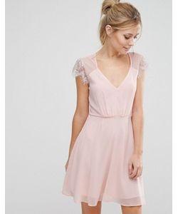 Elise Ryan | Короткое Приталенное Кружевное Платье