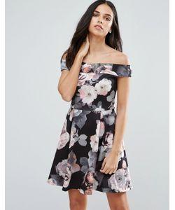 Jessica Wright | Короткое Приталенное Платье С Крупным Цветочным Принтом
