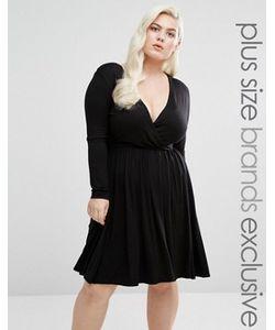 Club L Plus | Короткое Приталенное Платье С Запахом И Длинными Рукавами