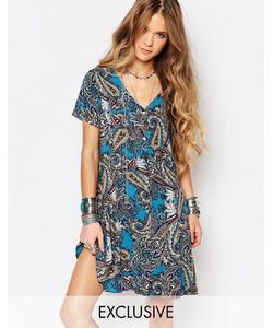 Reclaimed Vintage   Платье С V-Образным Вырезом И Принтом Пейсли