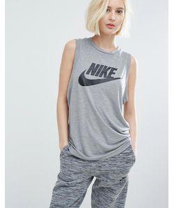 Nike | Обтягивающая Майка