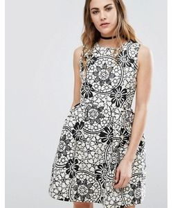 Qed London | Короткое Приталенное Платье С Цветочным Принтом
