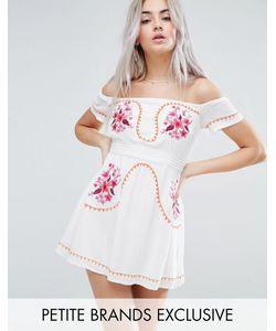 Glamorous Petite | Платье С Вышивкой И Открытыми Плечами
