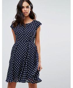 Qed London | Короткое Приталенное Платье В Горошек