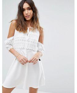 boohoo | Короткое Приталенное Кружевное Платье С Вырезами На Плечах
