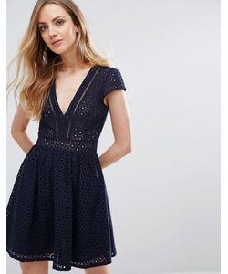 Liquorish | Платье Мини С V-Образным Вырезом И Кружевом Кроше