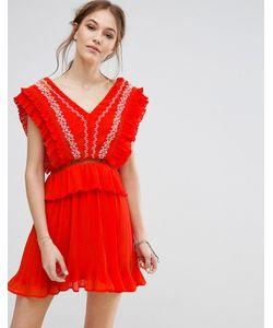 Moon River   Платье С Вышивкой