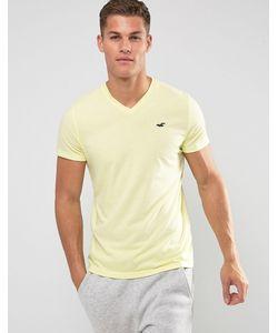 Hollister | Узкая Желтая Рубашка С V-Образным Вырезом И Логотипом