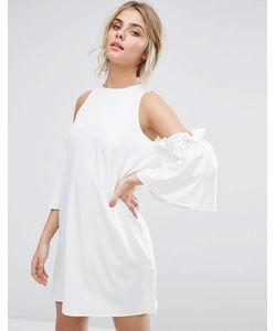 boohoo | Цельнокройное Платье С Открытыми Плечами И Оборками