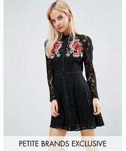 Fashion Union Petite   Кружевное Платье С Цветочной Аппликацией