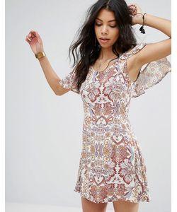 boohoo | Свободное Платье С Открытыми Плечами И Оборками