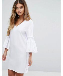 boohoo   Платье С V-Образным Вырезом Расклешенными Рукавами И Завязками