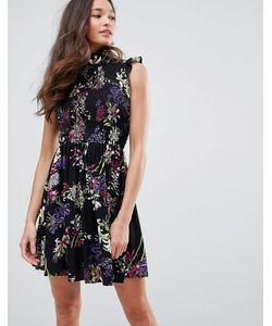 Qed London | Короткое Приталенное Платье С Высоким Воротом И Цветочным Принтом