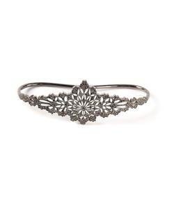 GAYDAMAK | 18 Carat Koral Hand Bracelet From Featuring Diamonds