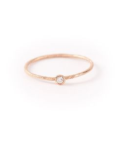 WOUTERS & HENDRIX GOLD | Delicate Diamond Ring From Featuring A Single Champagne Light Diamond 0