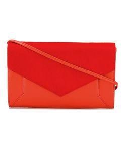 Yliana Yepez | Contrast Texture Shoulder Bag