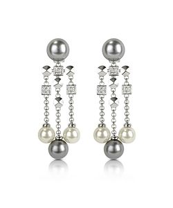 AZ Collection | Glass Pearl Drops Clip On Earrings
