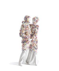 LLADRÒ   Love Iii Porcelain Figurine