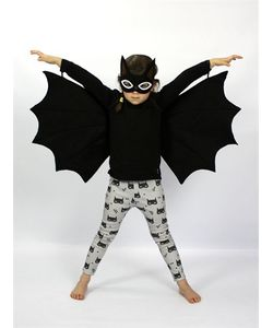 SPARROW & B | Bat Felt Mask Wings Costume Set