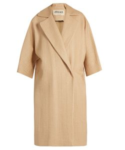 A.W.A.K.E. | Very Natural Straw-Effect Coat